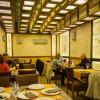 Alabaster panels for restaurants