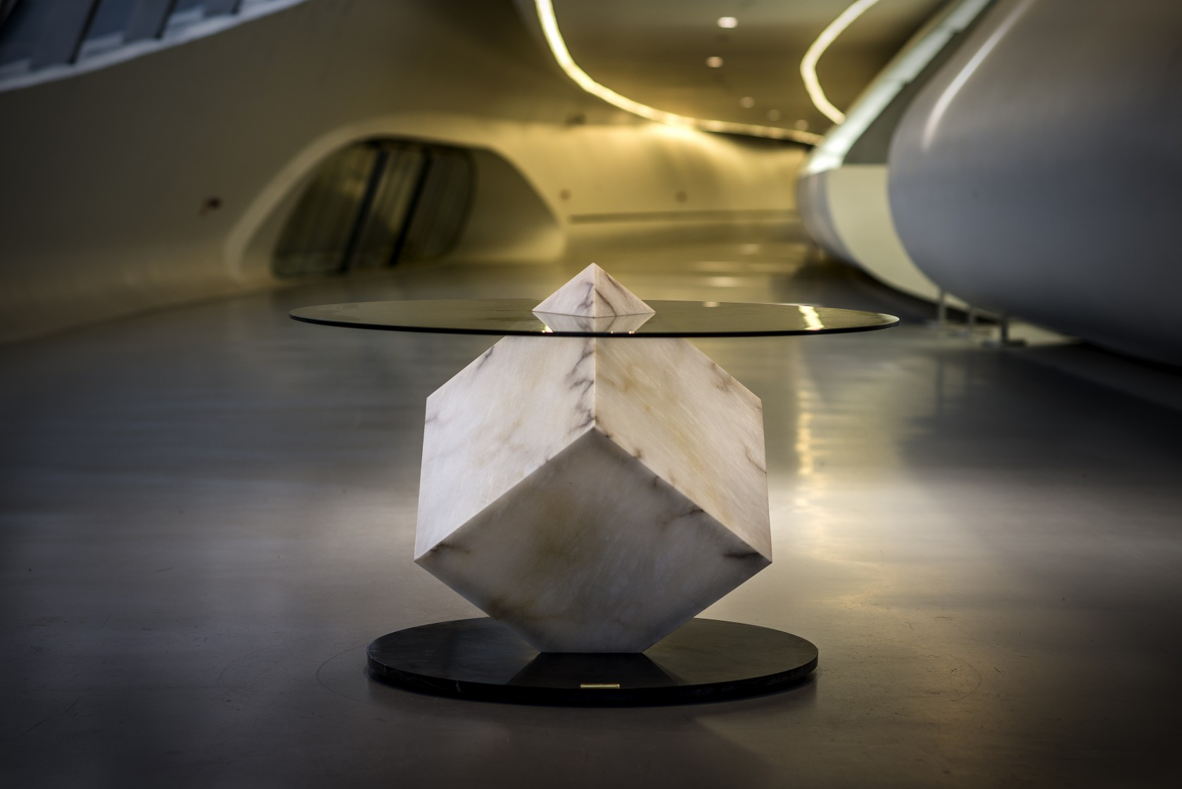 Alabaster-table